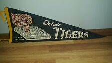 (VTG) 1960s Detroit Tigers baseball pennant tiger cat in stadium game room