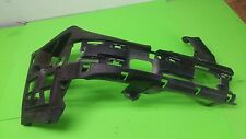 2004 Mercedes w211 E500 FRONT BUMPER RIGHT PASSENGER INTERNALS