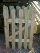SMALL  PICKET GARDEN GATE HIGH QUALITY WOOD 2FT X 3FT - plus FREE HARDWARE