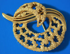 Vintage CROWN TRIFARI Signed Textured Gold Tone Art Deco Brooch Pin