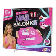 BRAND NEW BOXED KIDS GIRLS GRAFIX NAIL SALON KIT MANICURE NAIL POLISH GIFT TOY