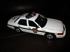 1/18 Pennsylvania State Police PSP Crown Victoria with Rotator Lightbar & Siren