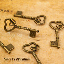 5 Antique Vintage Style Bronze Key Heart Shape Charm Pendant 352
