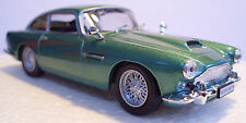 D Agostini - Aston Martin DB4 Coupe 1/43 Scale Metallic Green - New Bubble Pack