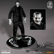 Mezco Toyz One:12 Collective Universal Monsters Frankenstein 1/12 Scale Figure