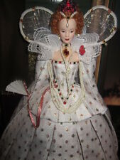 GOLD LABEL QUEEN ELIZABETH 1 REGAL RED HAIRED ROYALTY NRFB!!!!!!!!