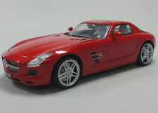 Red Mercedes-Benz SLS AMG 1:18 Scale Diecast & Plastic Model Car New UK