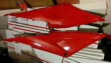 OEM red Honda CBR 600RR Tank Side Cover Fairings Set  Right Left 05 06 cbr600rr