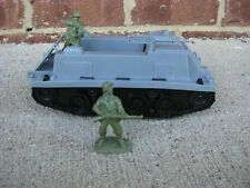 MPC  WWII ARMORED PERSONNEL CARRIER VEHICLE 1/32 54MM TOY SOLDIER MACHINE GUN