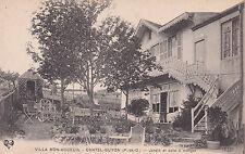 CHATEL-GUYON villa bon-accueil jardin et salle à manger