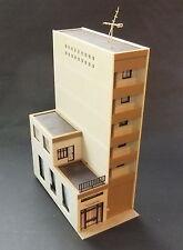 Modernes Feueerwehr-Gebäude   HO Fertigmodell #4792