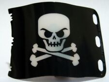 LEGO - Plastic Flag 7 x 4 w/ Pirate Skull and Crossbones (Jolly Roger) - Black