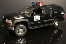1/18 Ertl Custom Made Detroit Police Special Response Team Chevy Suburban