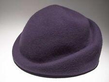 cappellino retrò anni '50 in feltro viola Wiener Modell moda fashion vintage