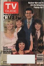 1983 TV Guide Rita Moreno and the cast of 9 to 5 Jan.15-21