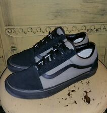 VANS CUSTOM DESIGN CANVAS SUEDE LOW TOP SKATEBOARDING SNEAKERS 9.5 GRAY BLACK