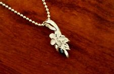 Hawaiian 925 Sterling Silver SMALL PLUMERIA W/ LEAVES Pendant Necklace #SP73701