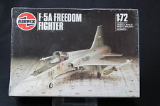 XK233 AIRFIX 1/72 maquette avion F 5A FREEDOM FIGHTER Ref 01043 serie 1 1986 NB