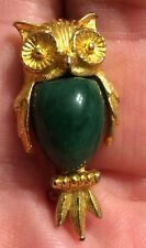 Vintage Owl Brooch Pin. Gold Tone.