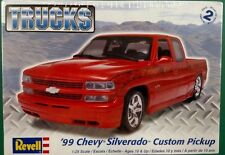 Revell '99 Chevy Silverado Custom Pickup 1/25 Scale Plastic Model Kit 85-4248