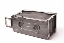 Block-Notes stereo camera by Gaumont, 6x13 cm format. F/6.3 lens.