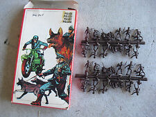 Vintage HO Scale Atlantic Italy Military Police Figures 116 NIP