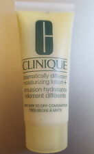 2 x Clinique Dramatically Different Moisturising Lotion + 30ml (2 x 15ml)