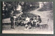 CPA. CHALAIS. 16 - École d'Aquitaine. Près Chalais. Une Leçon au Bois.