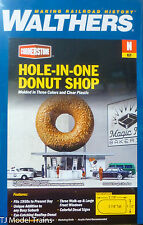 Walthers N #933-3835 Hole-In-One Donut Shop -- Kit - 2-7/8 x 1-1/2 x 2-7/8""