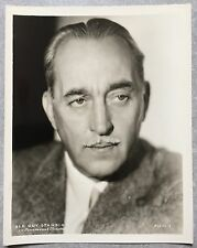Photo SIR GUY STANDING Portrait PARAMOUNT Original*