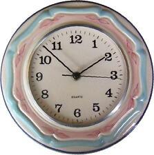 """114899  Keramik Küchenuhr rund """"beige-pink-türkis"""" handbemalt glänzend Quarzwerk"""