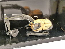 VOLVO EC210 Tracked Excavator 1/87 scale construction model 'Squashed box'