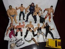 LOT OF ASSORTED WRESTLERS AND ACCESSORIES