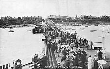 POSTCARD    ESSEX   CLACTON  ON  SEA   Pier  and  Front