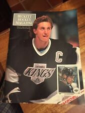 Beckett Hockey Magazine # 1, (First Issue) October 1990 - Wayne Gretzky (CN)