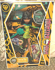 Monster High Dawn of the Dance Cleo de Nile Doll 2009 - NIB
