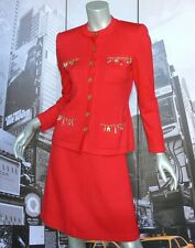 GORGEOUS VINTAGE St John Suit Jacket Skirt Red Knit  Decorative Charms Size 4