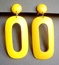 2302 /  BOUCLES D'OREILLE CLIPS / BOIS PEINT JAUNE