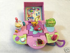 Little Pet Shop 2006 Teeniest Tiniest Play House Box Play Set Purple Pink