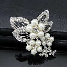 Romantic Alloy Silver Plated Rhinestone and Pearl Butterfly Wedding Brooch Pin