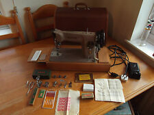 SINGER 201k ELECTRIC SEWING MACHINE ALL METAL, SEW'S LEATHER, PAT TESTED.