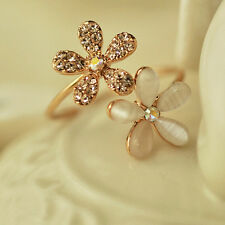 Gold plated Daisy Crystal Rhinestone Ring Gift Cute Fashion Jewelry Adjustable