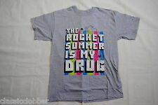 THE ROCKET SUMMER IS MY DRUG T SHIRT LARGE NEW OFFICIAL CALENDAR DAYS ZOETIC