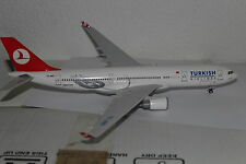 Turkish Airlines A330 (TC-JND), 1:200 Sky Marks