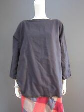 DANIELA GREGIS 100 %  wool top  NEW with TAG    dark blue