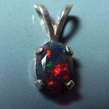 Pendentif argent Opale noire Welo Ethiopie facettée 1.9ct Ethiopian opal pendant