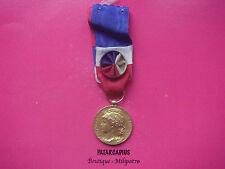 Médaille HONNEUR TRAVAIL . Attribuée