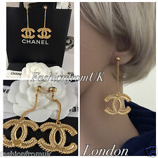 NEW CHANEL CLASSIC GOLD LARGE CC  LONG CHAIN EARRINGS