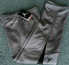 NWT Nike Air Jordan Boys/Youth M Dark Gray/Black Therma-Fit Sweat Pants YMD
