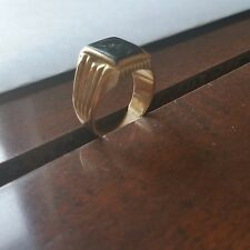 mans ring elegant 18k  gold  magnificent